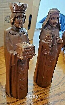 18 Piece Light Weight Wood Carved Christmas Nativity Set